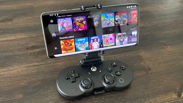 8BitDo SN30 Pro for Xbox Cloud Gaming